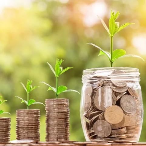Talousassistentti päivittäiseen rahaliikenteen hoitoon